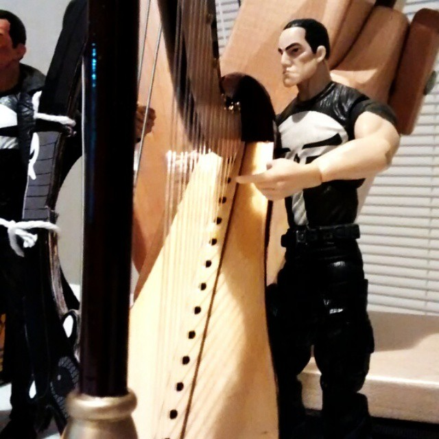 Frank's enjoying his new harp.