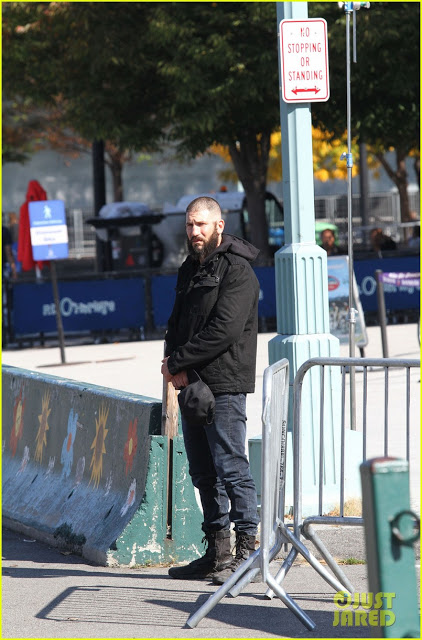 52208029 Actor Jon Bernthal is spotted with a shaved head and bushy beard while playing Frank Castle/Punisher for his stand-alone tv series as the title role character for Netflix in New York City, New York on October 19, 2016. FameFlynet, Inc - Beverly Hills, CA, USA - +1 (310) 505-9876