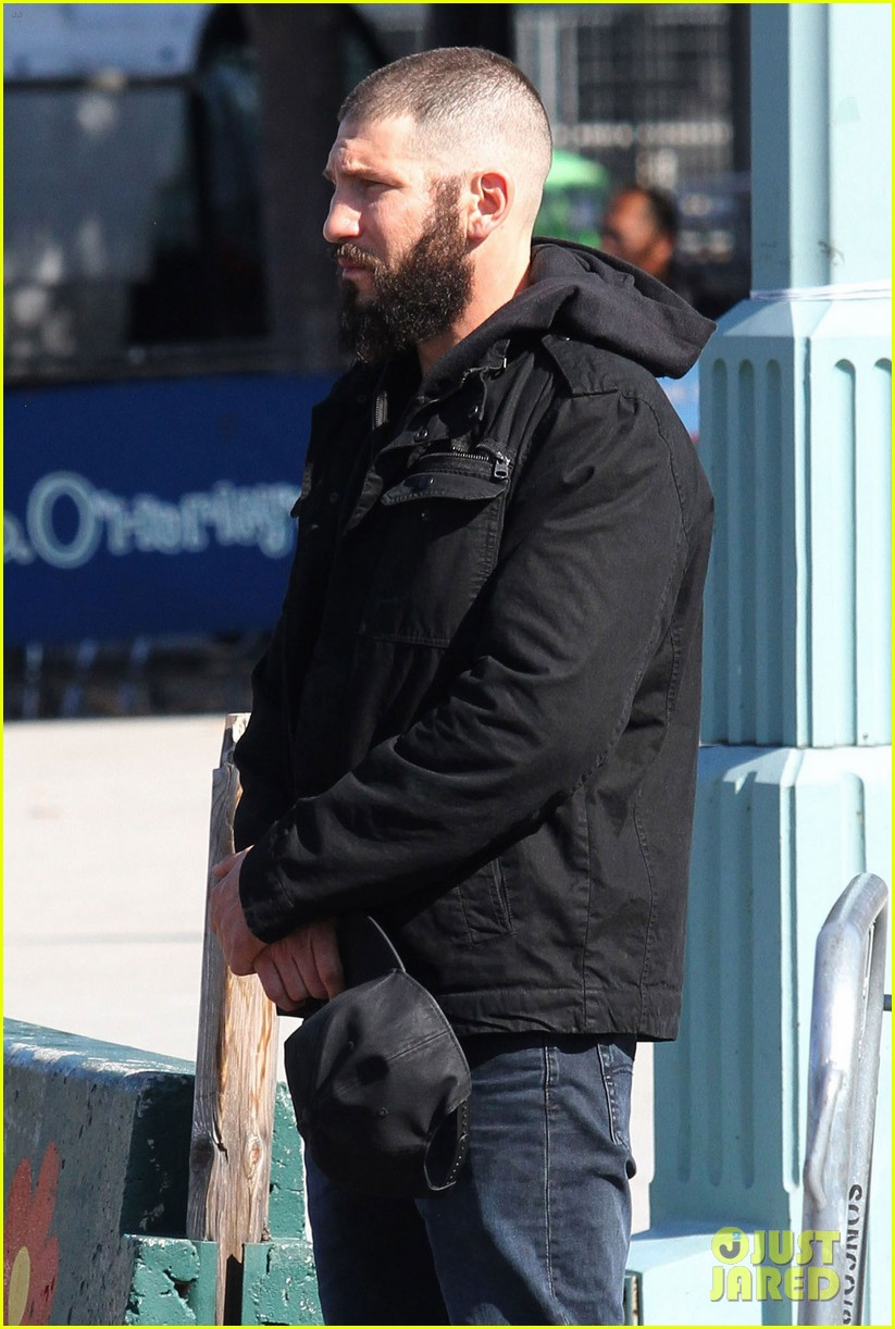 52208026 Actor Jon Bernthal is spotted with a shaved head and bushy beard while playing Frank Castle/Punisher for his stand-alone tv series as the title role character for Netflix in New York City, New York on October 19, 2016. FameFlynet, Inc - Beverly Hills, CA, USA - +1 (310) 505-9876