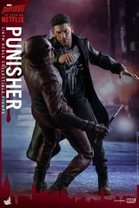 Jon Bernthal Punisher figure from Hot Toys 7